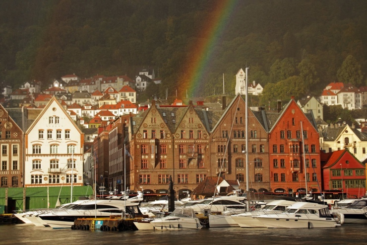 Steep rainbow curve as seen in Bergen, Norway in September 2018.