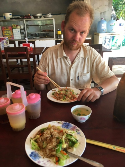 Getting ready for Thailand: Having our first Padthai (while cycling around the limestone mountains near Hpa'an.