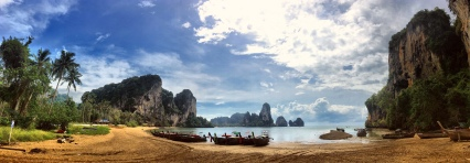 Limestone/Karst rocks in Krabi (Southern Thailand), here at Tonsai Beach (near Railay).