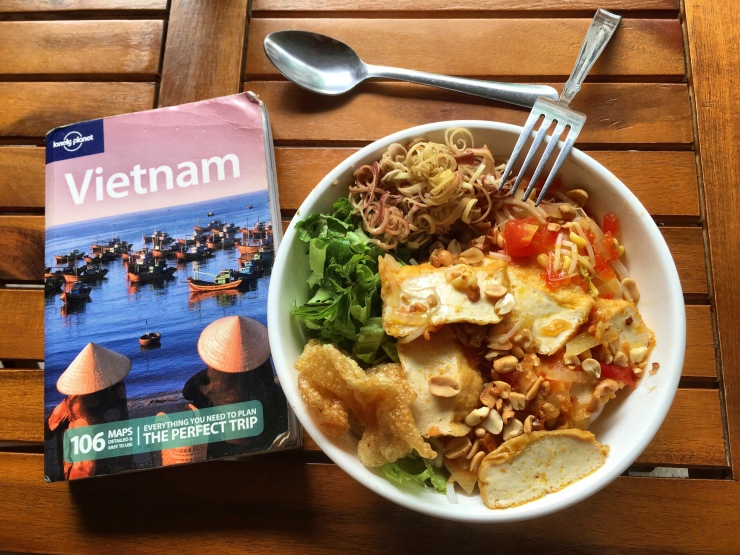 Food in Vietnam tasty – no doubt! It's also considerably more expensive than e.g. in mainland Thailand, Myanmar or Indonesia.