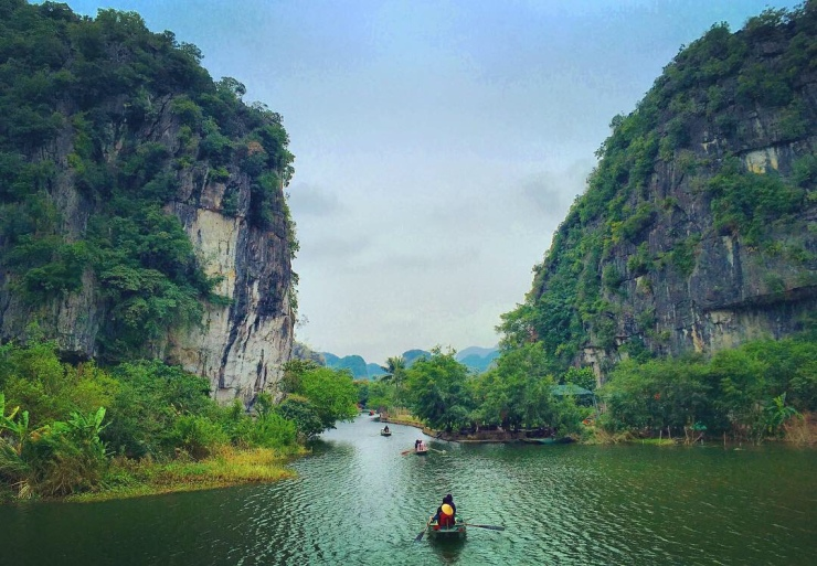 The easy life in Tam Coc.